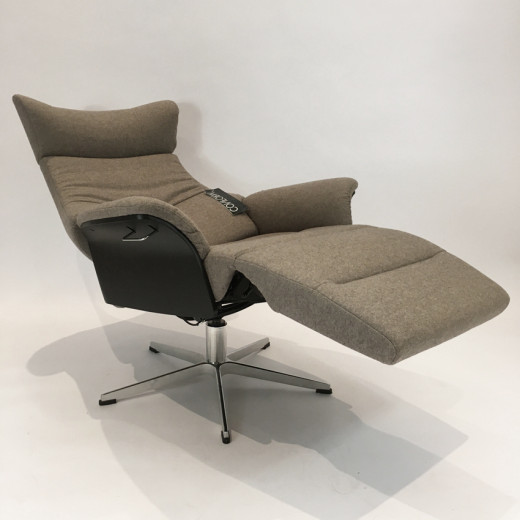 AIR Sessel m. Fußstütze EI-schwarz/ Bezug Sheford Mole
