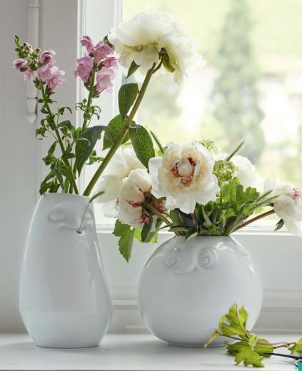 Vasen mit Gesicht ENTSPANNT oder  AMÜSIERT