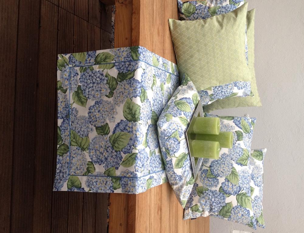 hortensie blau tischdecken u l ufer m bl tenmotiven. Black Bedroom Furniture Sets. Home Design Ideas
